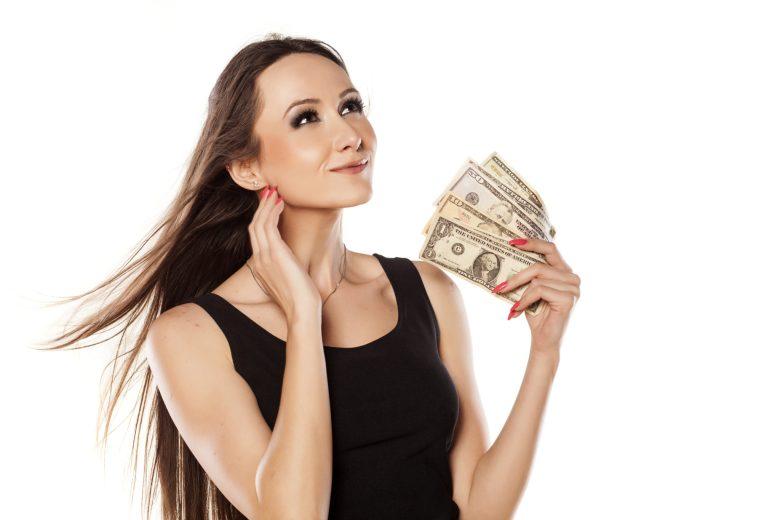 woman-with-fan-of-cash-1 Bayan İş İlanları Anadolu Yakası