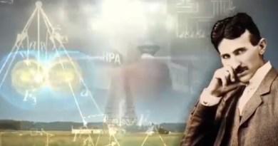 Voyage dans le temps et la téléportation – Nikola Tesla