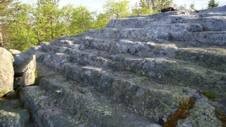 piramidi_kola