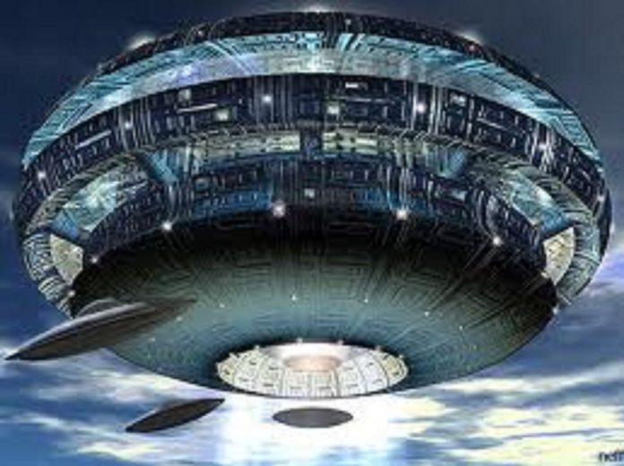 flotte-de-vaisseaux-de-la-fc3a9dc3a9ration-galactique-de-lumic3a8re-et-son-dc3a9ploiement-e28093-4-8-696x520