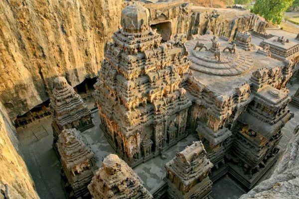 THIS-Temple-Was-Carved-Out-Of-A-Mountain-600x400-1