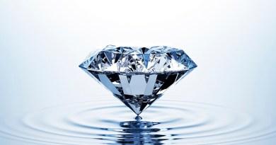 L'eau Diamant de la 5D nous aide à élever notre taux vibratoire !