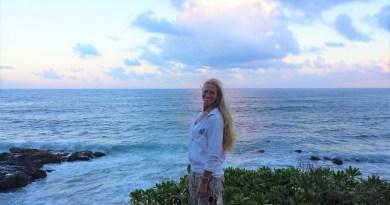 LISA BROWN – RAYONS DE LUMIÈRE COSMIQUES VIVANTS: ÊTRE un RAYON d'Espoir, un RAYON d'AMOUR, un Rayon de Soleil et un Rayon Guide de Lumière pour tous
