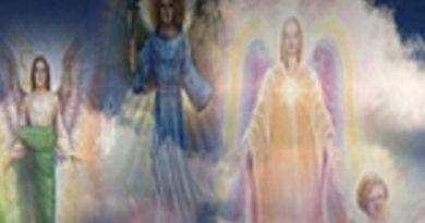Pourquoi Archanges et Maîtres ascensionnés apparaissent souvent humains