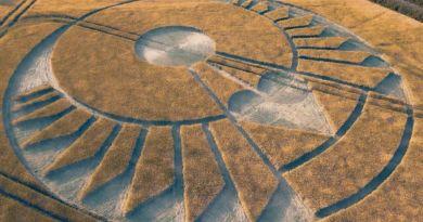 Le grand réveil, comment ? Crop 2020 en réponse. Géométrie incroyable. Canalisation messages Galactiques. L'imposture prend fin avec le réveil du peuple