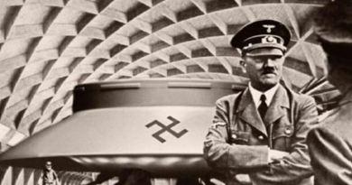 Le Roswell d'Hitler: Le crash d'une soucoupe extraterrestre en 1937 dans l'Allemagne nazie à l'origine du programme spatial secret