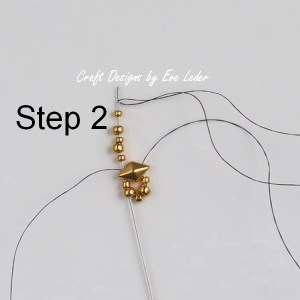 Two-Hole Bead Ring Pattern--Free beading tutorial. (Step 2)