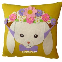 Rabbit Pillow--Free pattern and tutorial to make this pillow featuring a rabbit wearing an Easter bonnet