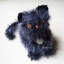 Crochet Kitten--Free crochet pattern for adorable furry kitten.