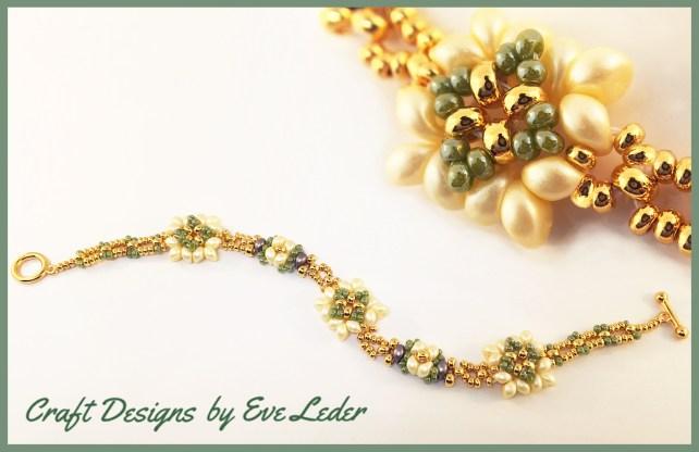 Two Hole Bead Bracelet--FREE beaded bracelet pattern featuring the two hole es-o mini bead