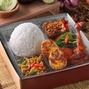 catering-nasi-kotak-evelin