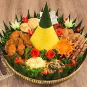 catering-nasi-tumpeng-evelin