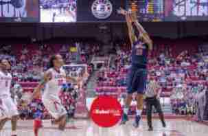 Snoop White scored 19 points in Ole Miss' win over Alabama. (Photo credit: Bentley Breland)