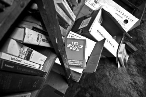 Good Read Library Hampshire College, Massachusetts © Eve Bernhard. October, 2009