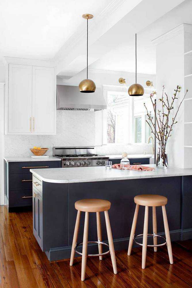 brass-marble-and-other-current-day-classics-in-a-remodeled-kitchen-black-and-white-kitchen-1470171329-57a0f79481c866970ee82658-w667_h1004.jpg