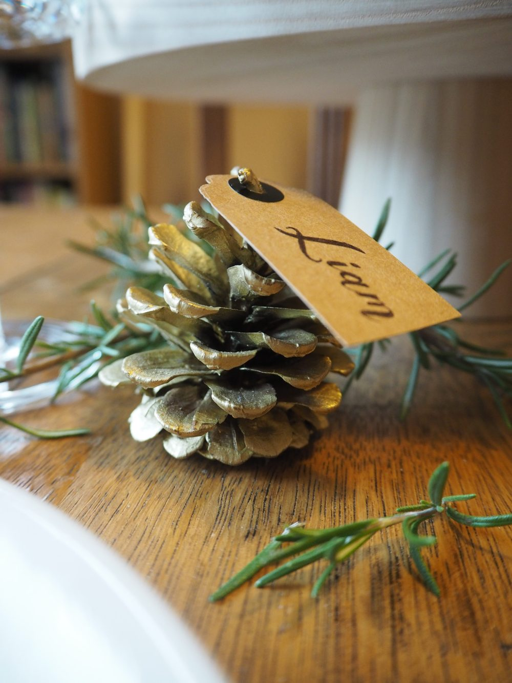 DIY pinecone place setting