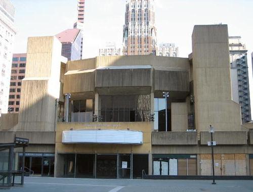 4662722-Baltimores_now_vacant_Morris_A_Mechanic_Theater-Baltimore