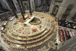 Benedicto-XVI-clausura-Sinodo-Obispos-misa-solemne-basilica-San-Pedro