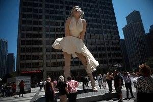 marilyn-monroe-sculpture