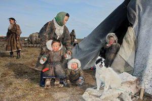 nomadic-deer-herders_46253_600x450