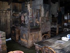 Cape_Evans_-_Inside_Scott's_Hut