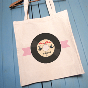 tote-bag-mariage-rockabilly-vinyle-hirondelle-bd