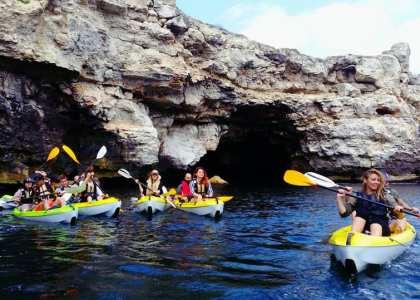 În iunie alege o zi cu caiacul în Bulgaria și vizită cetatea de la Cap Kaliakra oferit de Dream Explorer