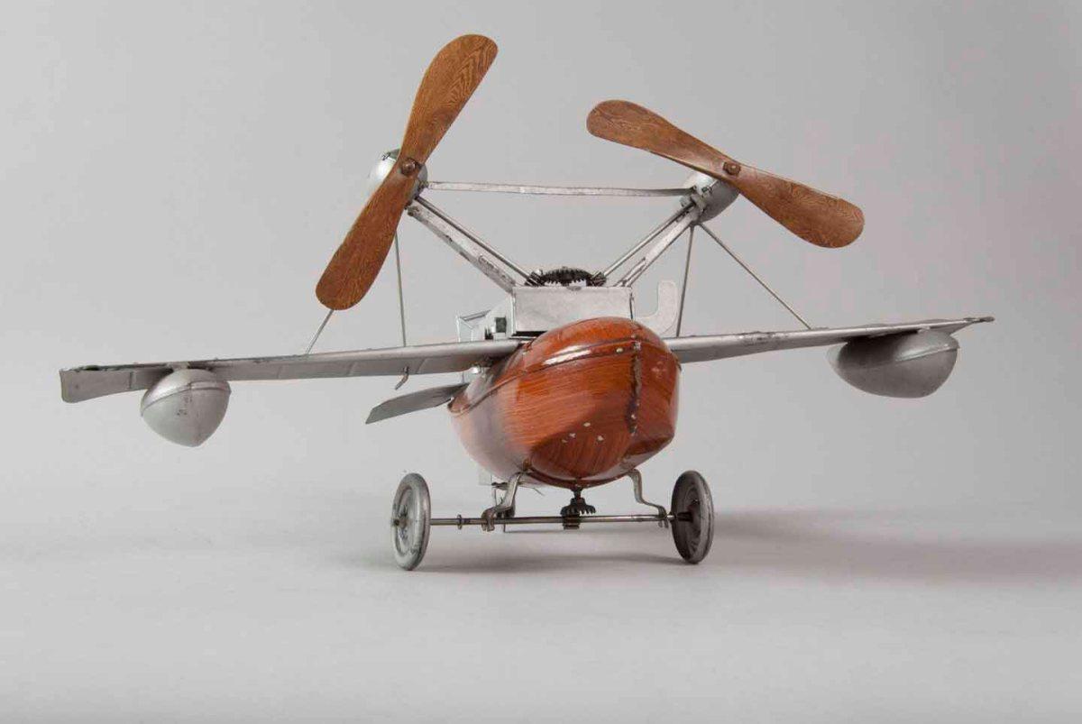 Jucarie hidroavion 1930
