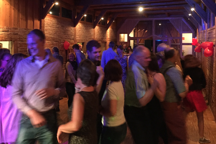 DJ Geburtstag - DJ Geburtstagsfeier buchen Lüneburg