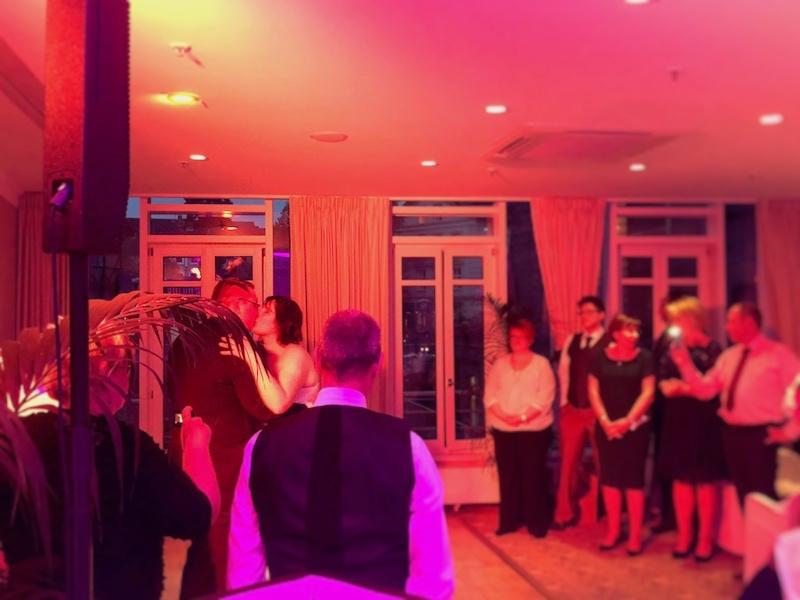 Die Eröffnung der Tanzfläche durch das Brautpaar im Bergström Lüneburg