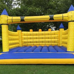 Camelot Adult Bouncy castle