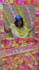 Pink_Yellow_White_theme_birthday_party_decoration_13