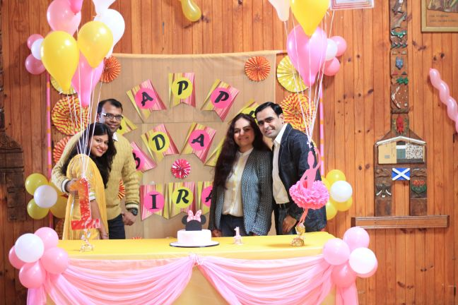 Pink_Yellow_White_theme_birthday_party_decoration_43