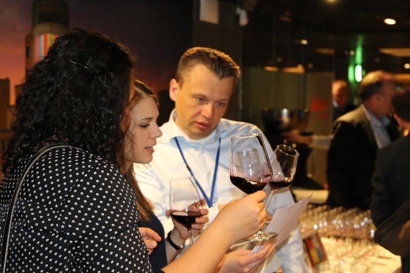 Cata de Vinos en formato concurso en Madrid _1