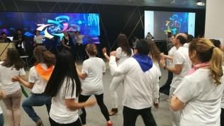Actividad para fiestas y comidas de empresa Tu Karaoke Me Suena _3