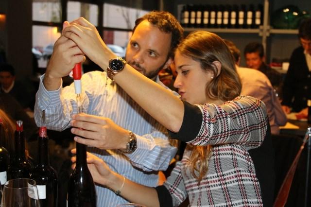 Crea tu Vino y Cata de Vinos participativa para eventos de empresa por Eventos de Autor