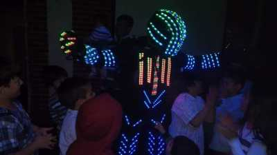 Robot Fiestas Infantiles Mi Manzano