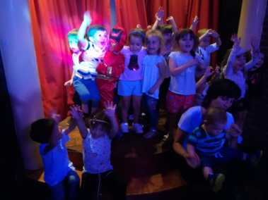 Teatro Infantil Niños Cumpleaños