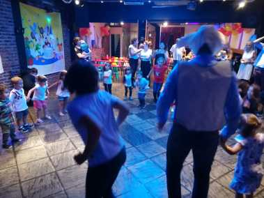Fiesta Infantil Manzano I Baile