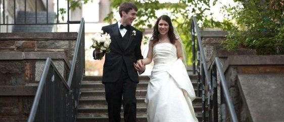 Outdoor photo options at our Washington DC wedding venue