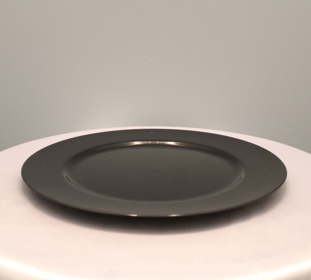 Black Charger Plates Image