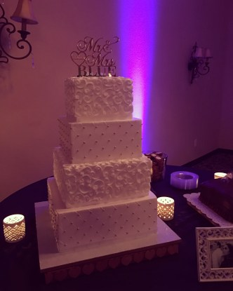 Donnie & Bianca's wedding cake