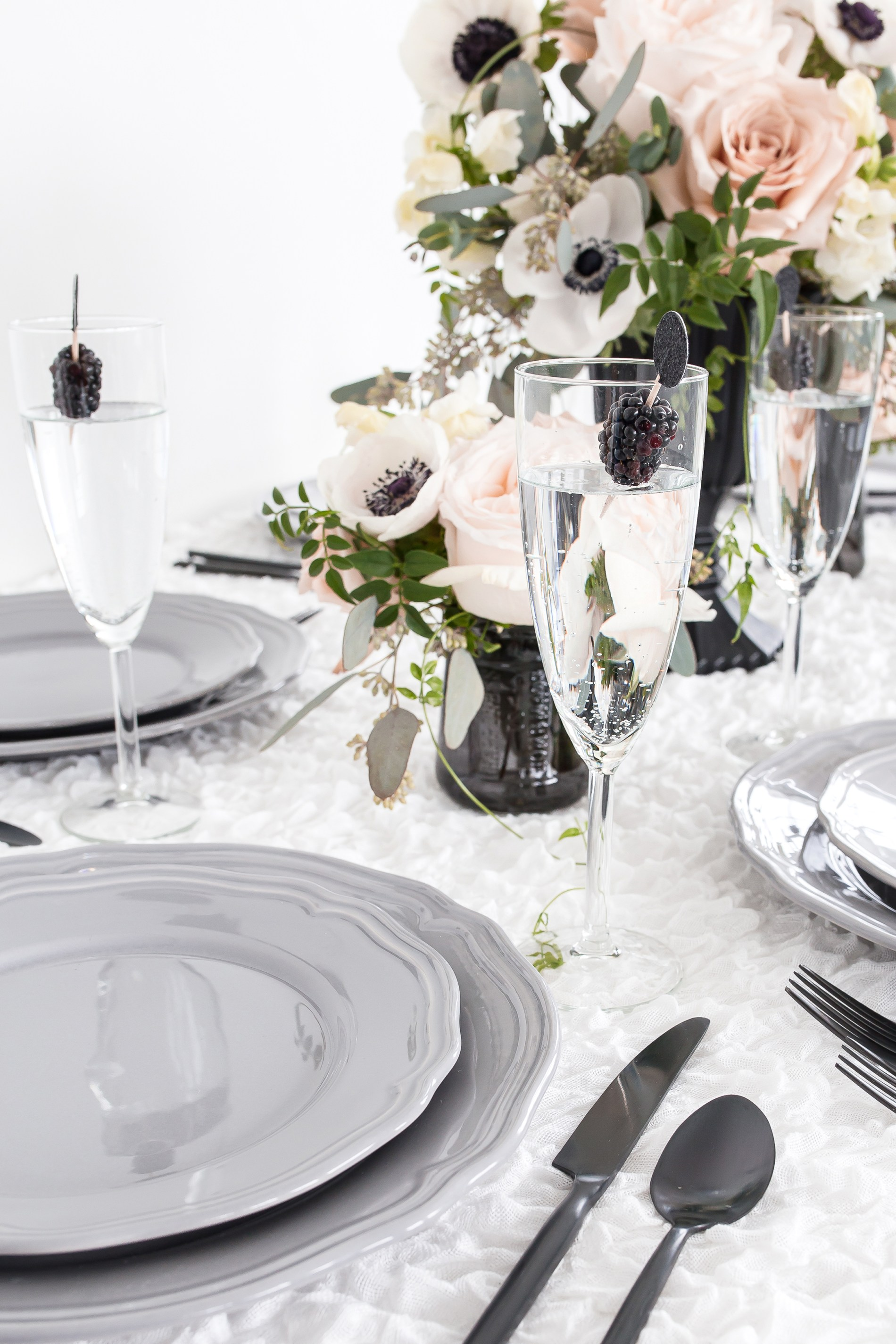 annapolis maryland intimate micro wedding, blush and grey tablescape