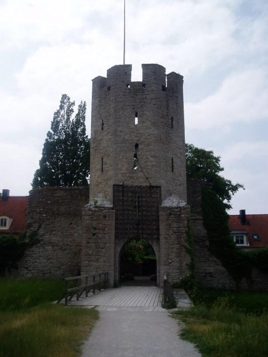 De gamle porte fungerede som vagttårne og kunne holde ubudne gæster ude af byen