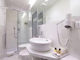 Badeværelset på Hotel Tullia e Prisca Relais