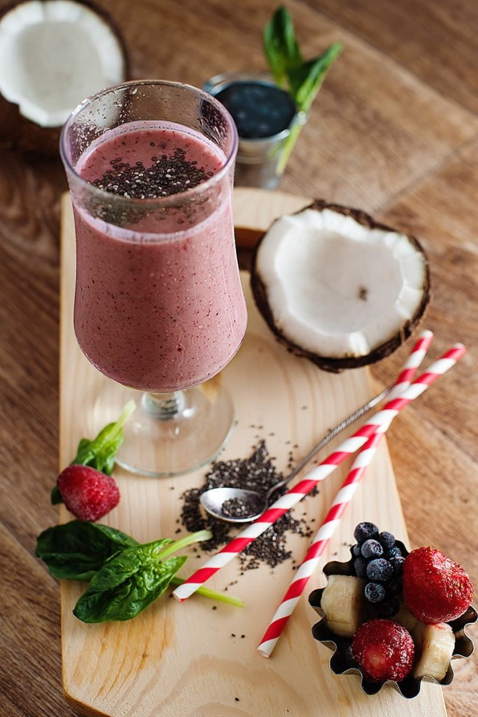 A healthy smoothie recipe, rich in vitamins and minerals. Chia, coconut water, greens, and fruit offer loads of energy in this electrolyte smoothie!