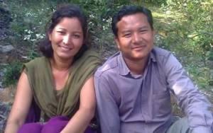 विप्लव समूहका नेता ओमप्रकाश पुन श्रीमतीसहित पक्राउ
