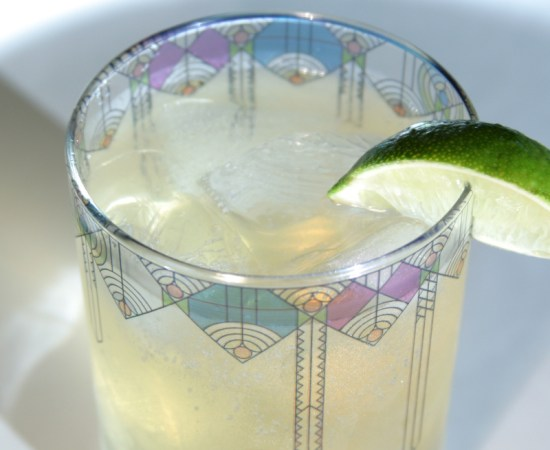 Lavender Thyme Gin and Tonic