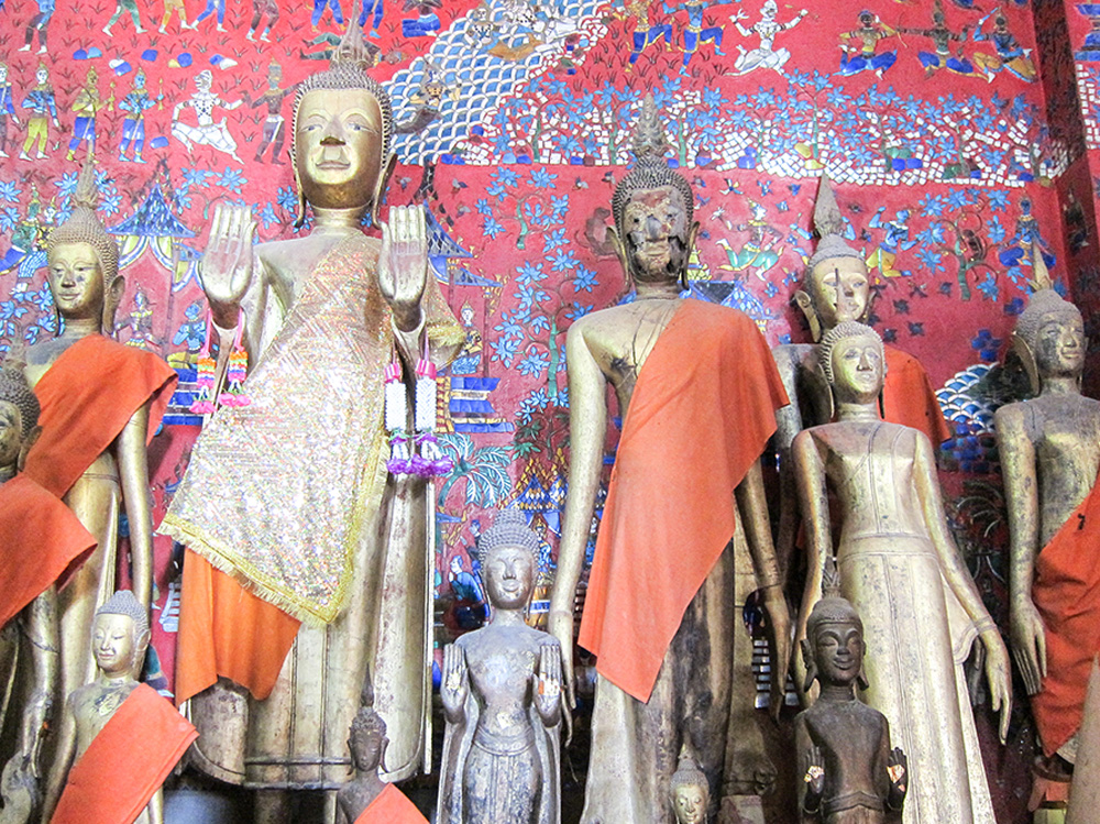 Buddhist statues in Laos