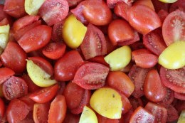 tomatoes-ready-for-roasting